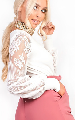 Elise Embroidered Puff Sleeve Stretch Jumper