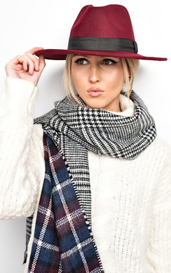 Roxanne Reversible Scarf