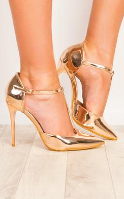 Luna T-bar Patent Court Shoe