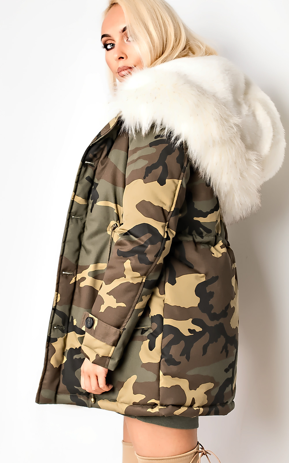 GJ Fur Coat Anorak (with Hoodie). A long sleeve parka jacket perfect for staying warm in the chilly season of the year. The coat features a parka length so you have the optimal amount of coverage.