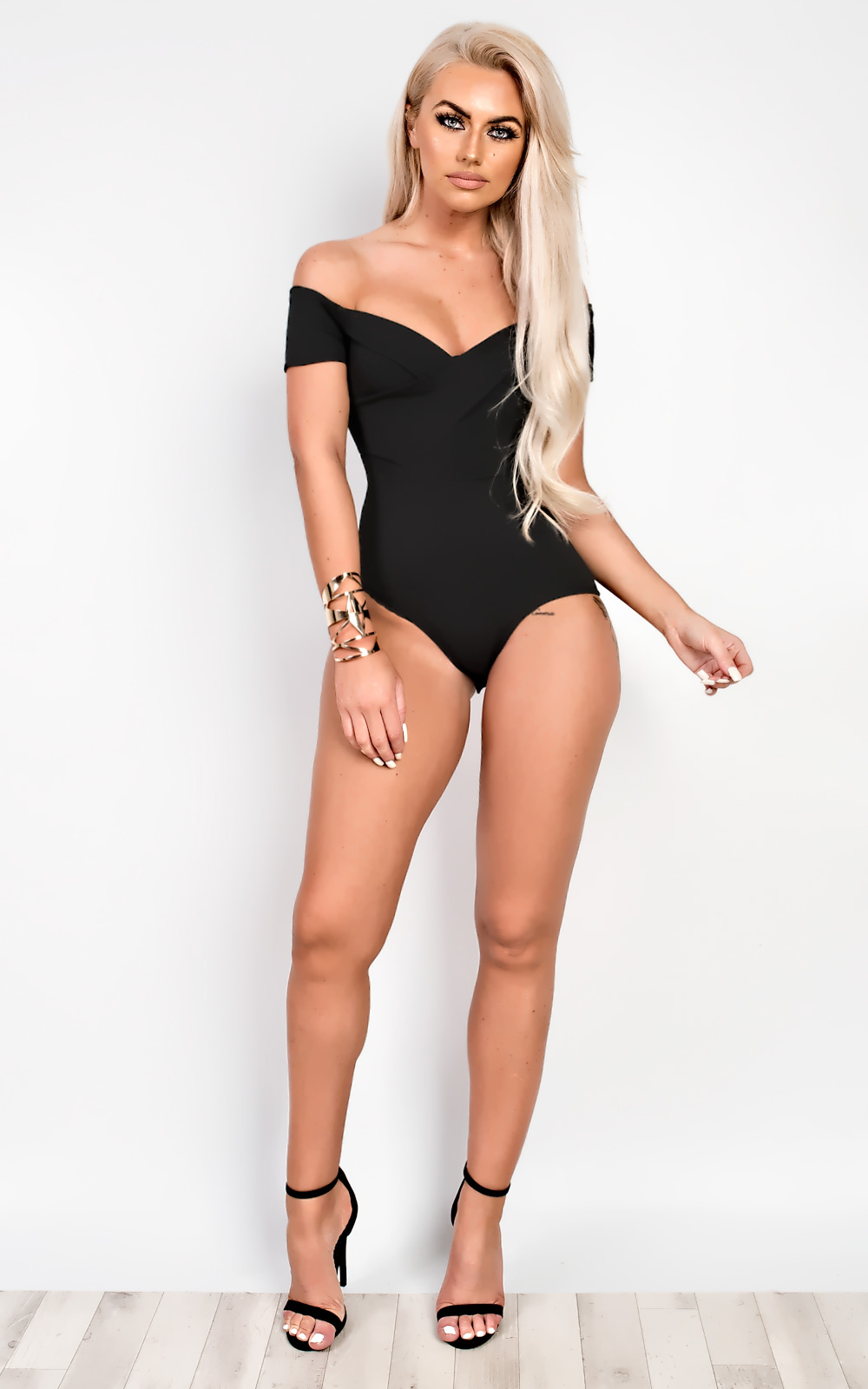 Yonce Off Shoulder Bodysuit in Black