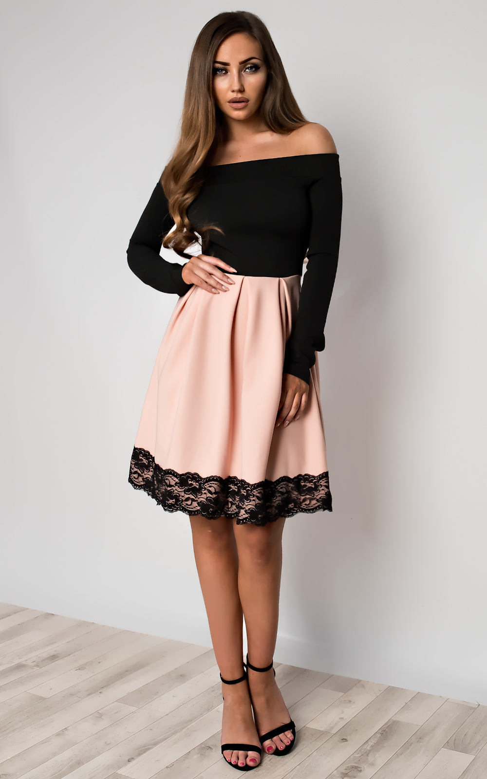Caitlin Off Shoulder Skater Dress in Lht Pink