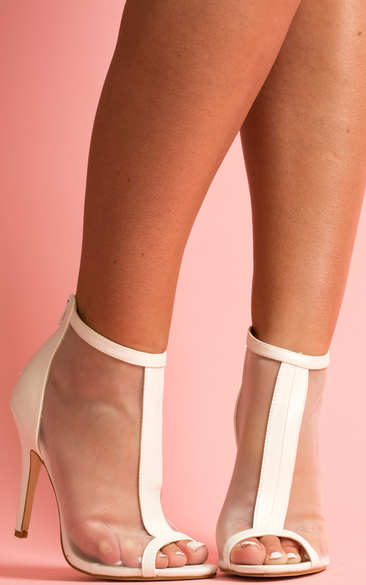 IKRUSH Women's OSHA Mesh Stiletto Heels Size in White Size 6 6LgrGOL