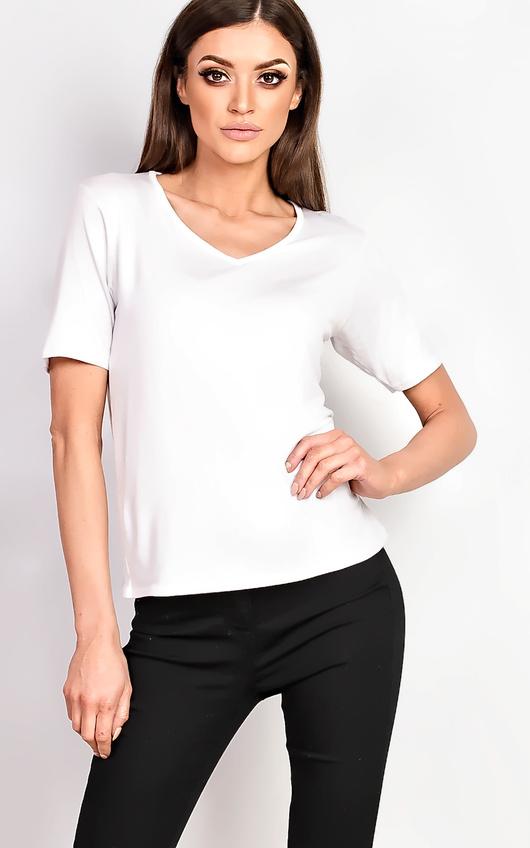 ea9a25c9705 Loretta Basic V-neck T-shirt in White