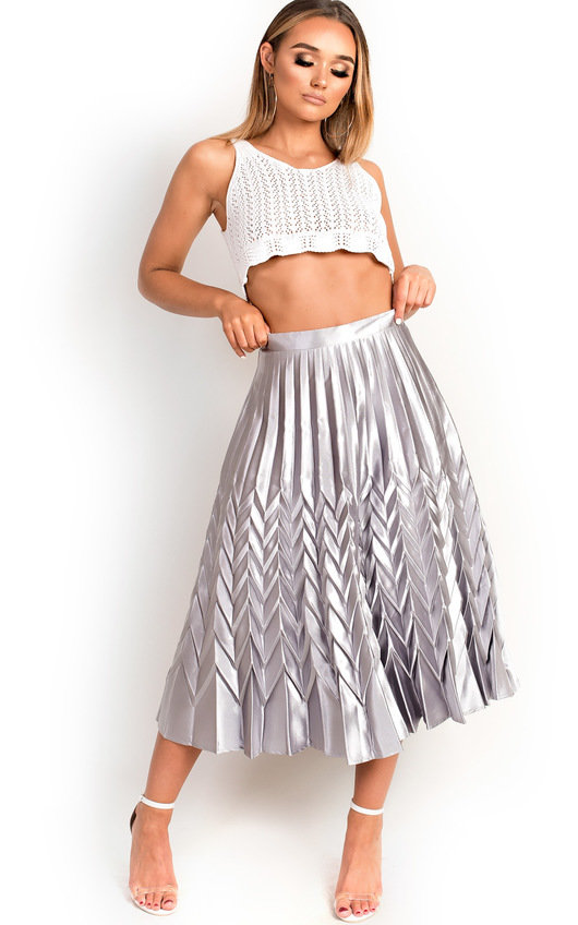6d66697f03 Gabbana Metallic Pleated Midi Skirt in Silver | ikrush