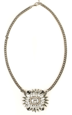 View the Vera Diamantie Flower Necklace online at iKrush