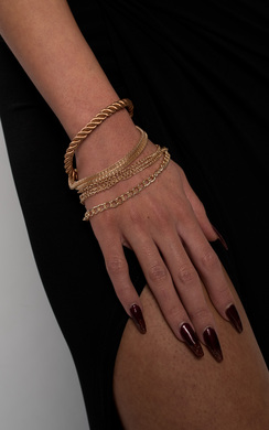 View the Avis Chain Bracelet online at iKrush