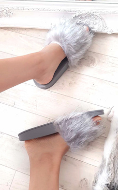 View the Lucia Faux Fur Sliders  online at iKrush
