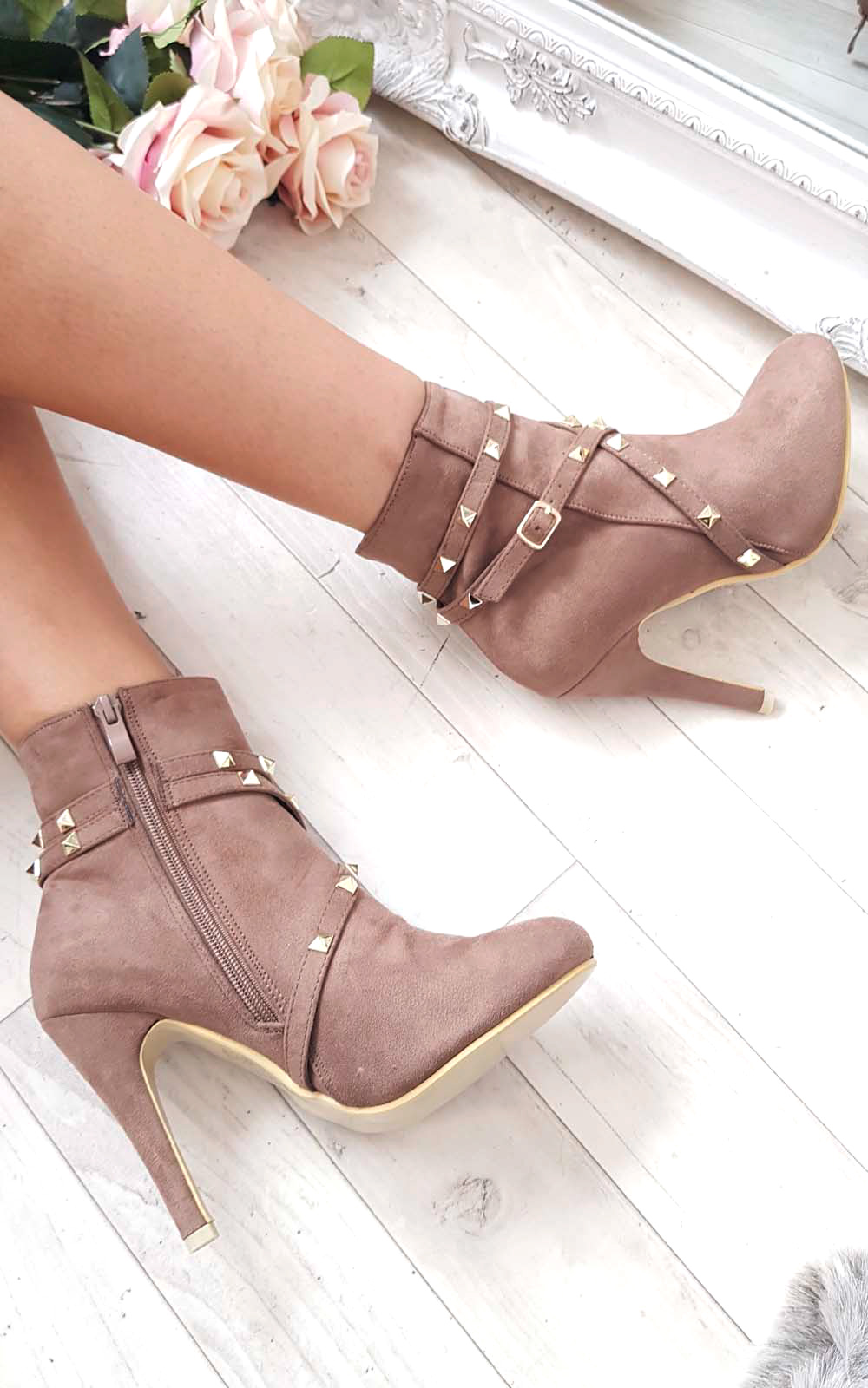 Anna Studded Ankle Boots in Mocha
